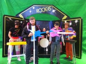 Recreating a Radiohead concert, using dolls!