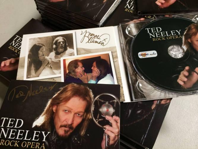 ted-neeeley-rock-opera-autographed-cds